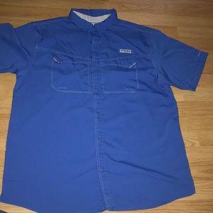 Columbia Shirt short sleeve.